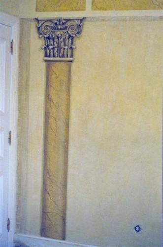 portfolio 25/37  - Coluna e capitel pintado em parede