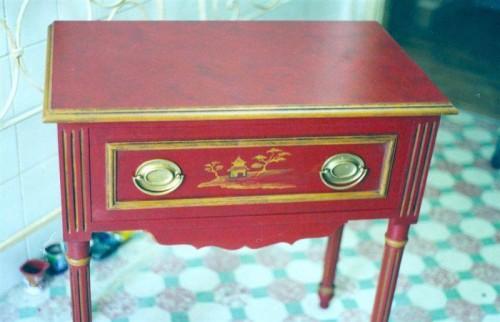 portfolio 12/37  - Mesa antiga recuperada para lacada com motivos chineses