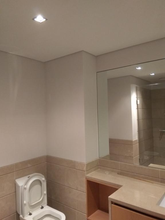 portfolio 87/119  - Pintura de teto cor cinza neblina (Aquacin plus) mais pintura de parede cor cinza neblina (Cinacryl)