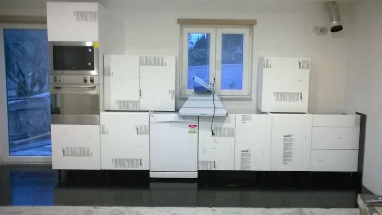 portfolio 20/21  - cozinha americana com colocação dos móveis