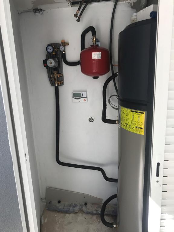 portfolio 1/11  - Bomba de Calor 300 litros com apoio solar