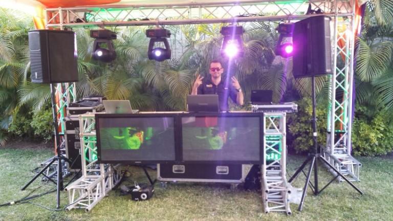 portfolio 7/10  - DJ Oliver Gil