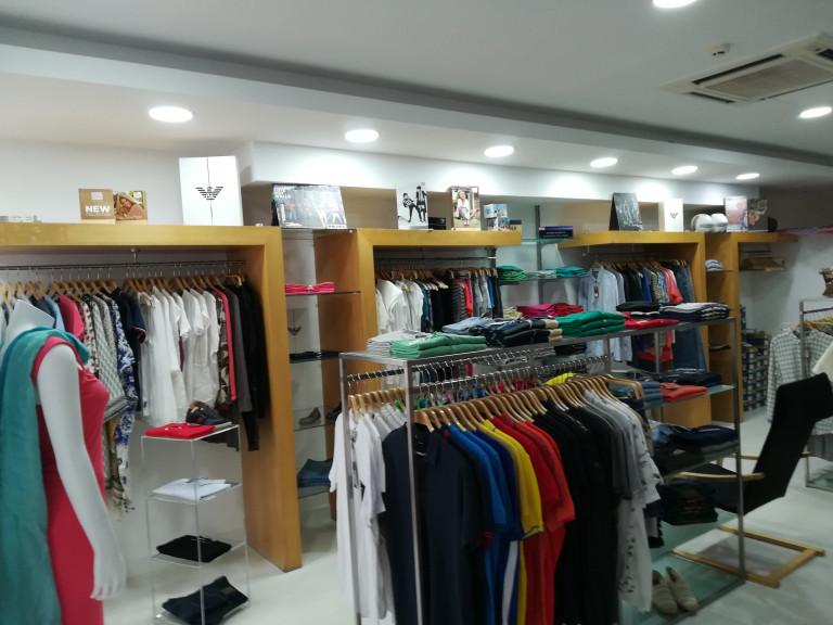 portfolio 2/43  - loja de roupa em cascais  ja pronta