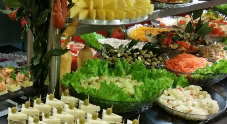 portfolio 4/9  - Saladas em Buffet
