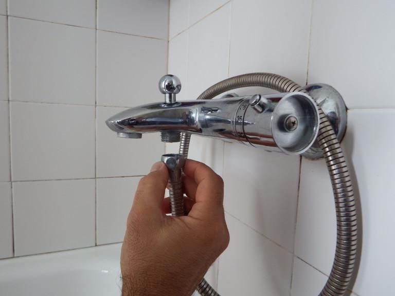 portfolio 18/20  - Substituição da bicha do chuveiro