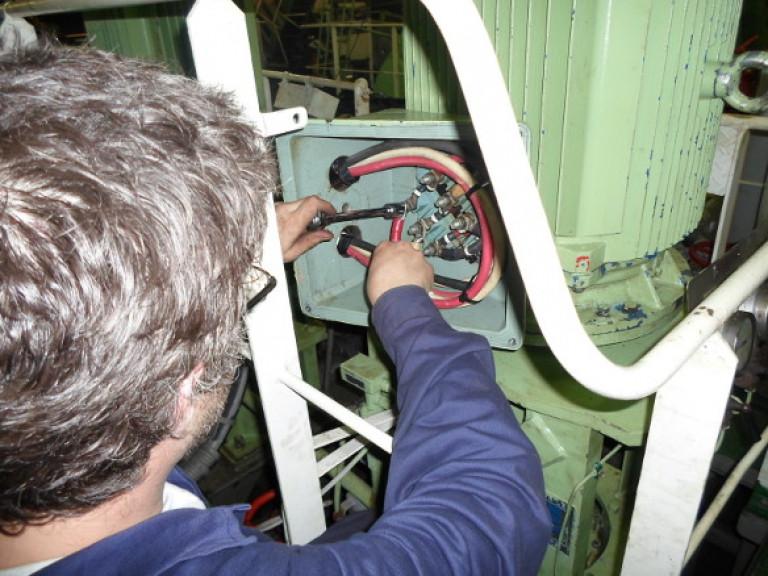 portfolio 33/54  - Manutenção de motor elétrico