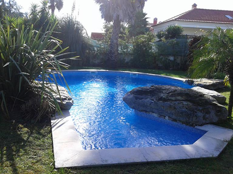 portfolio 13/13  - Jardim com piscina