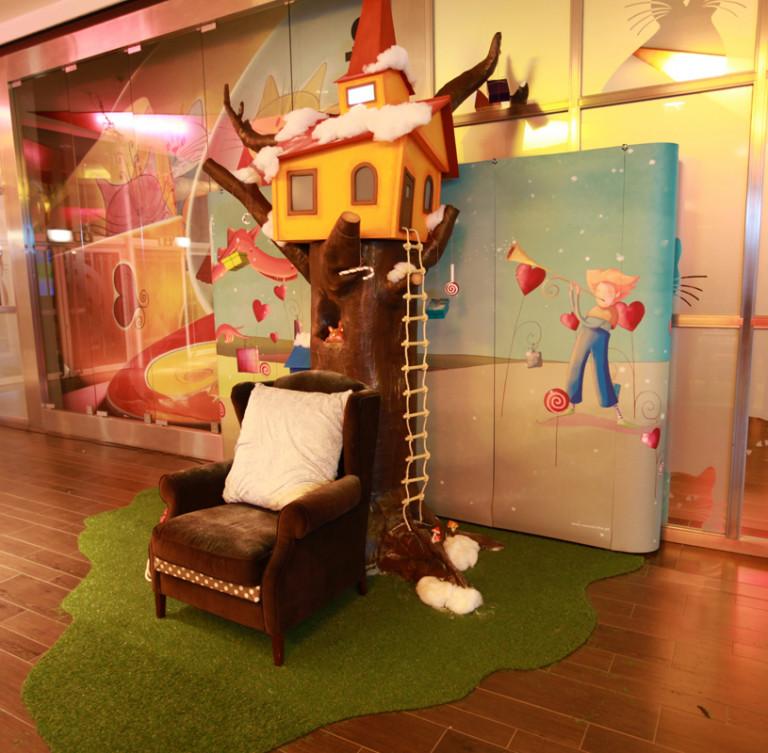 portfolio 32/36  - Construção de ilha do Pai Natal em centro comercial