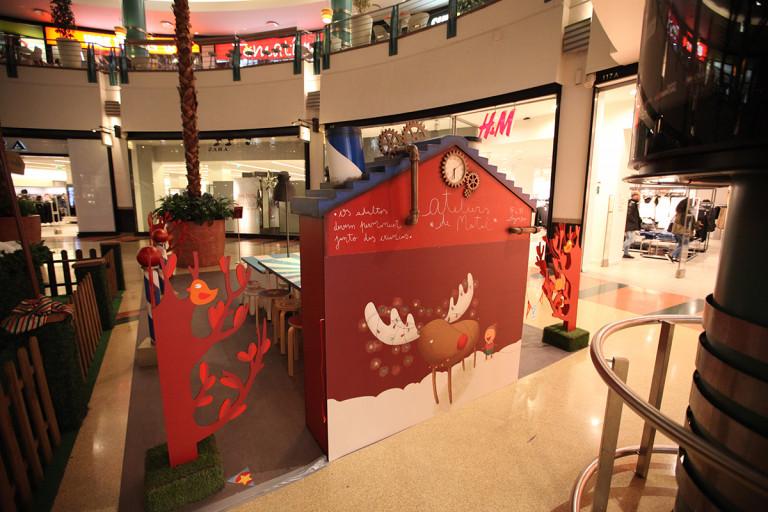 portfolio 16/41  - Construção de espaço de ateliers para crianças em centro comercial