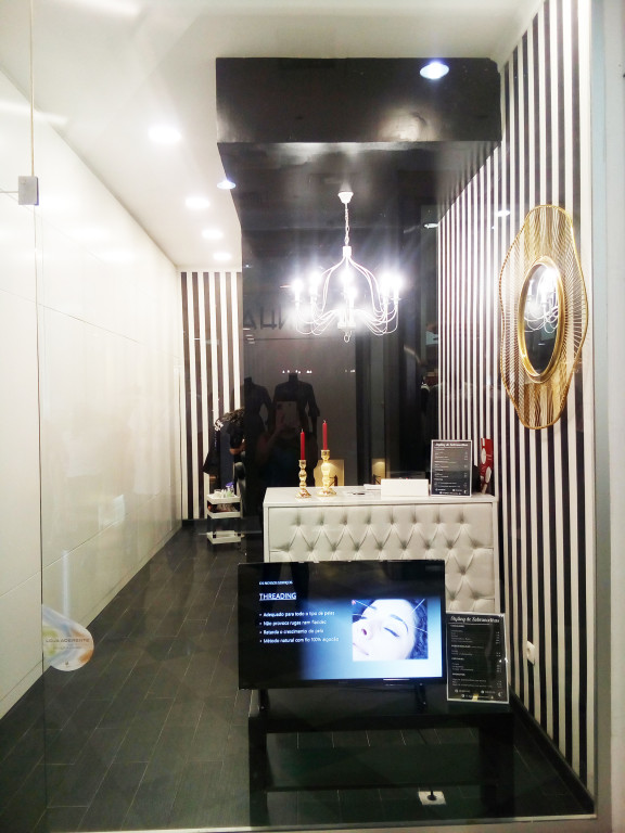 portfolio 19/24  - Projectos de lojas