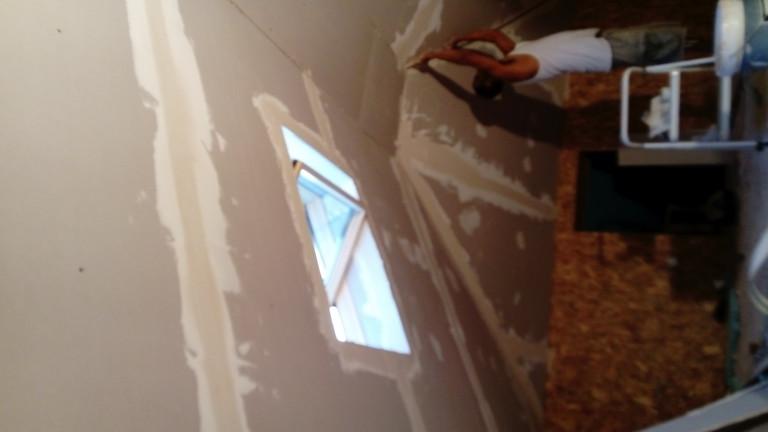 portfolio 20/38  - remodelacao de sotao, com tecto falso e janela de sotao