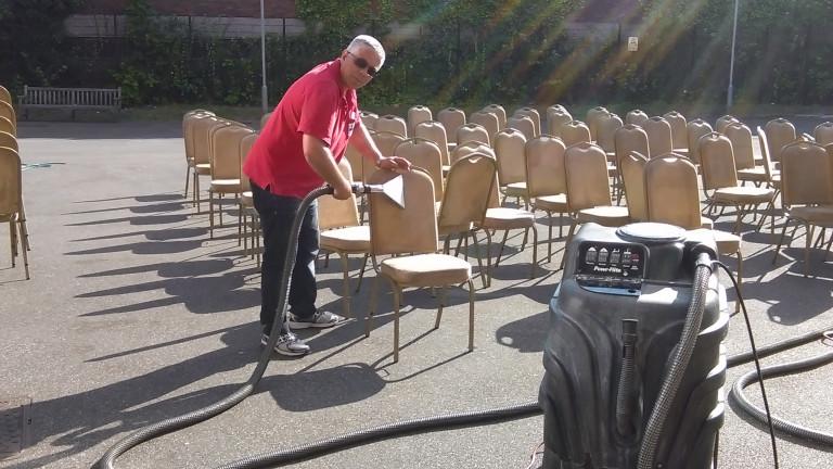 portfolio 1/38  - Limpeza de cadeiras , com maquinas de ultima geracao