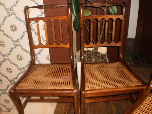 portfolio 76/80  - cadeiras já empalhadas e prontas a serem entregues.