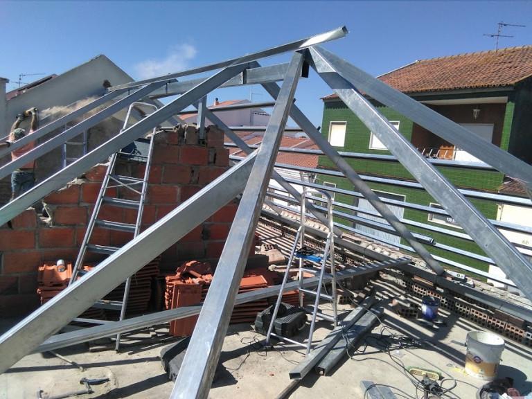 portfolio 12/46  - estrutura leve telhado galvanizado