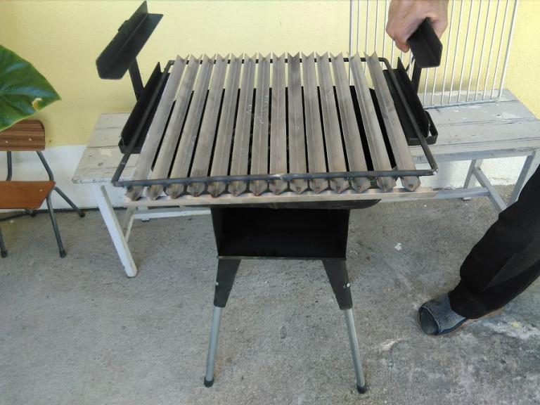 portfolio 10/46  - grelhador com grelha anti chama
