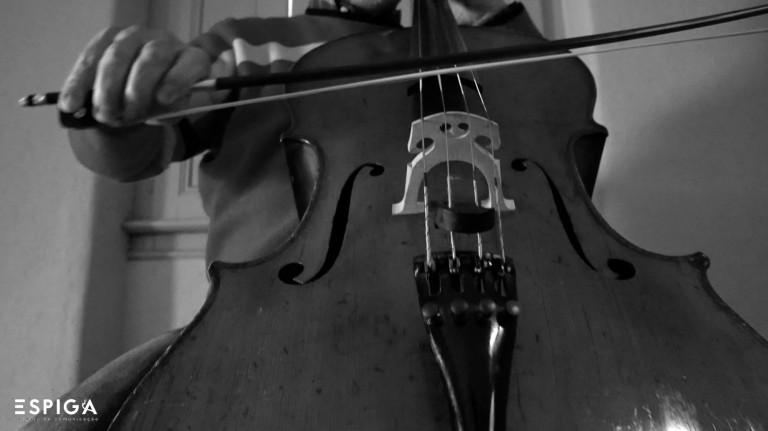 portfolio 8/19  - Gravação de violoncelo em estúdio