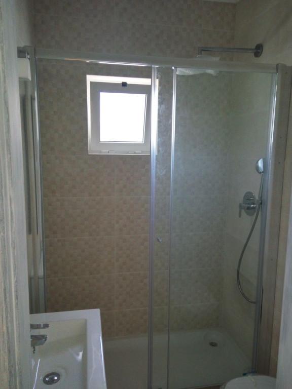 portfolio 4/65  - Construção casa de banho completa