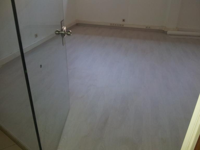 portfolio 1/65  - Fornecimento e colocação de vidro temperado - portas, separações etc.