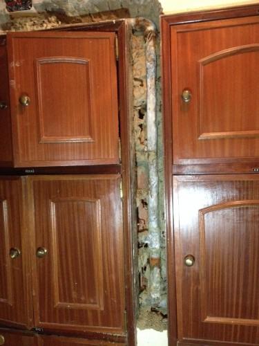 portfolio 3/15  - Reparação do ramal da promada de prédio---ANTES