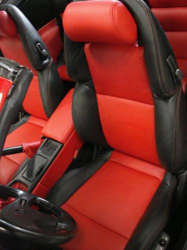 portfolio 2/10  - Nissan ZX300 - Assentos e portas - Estofadas