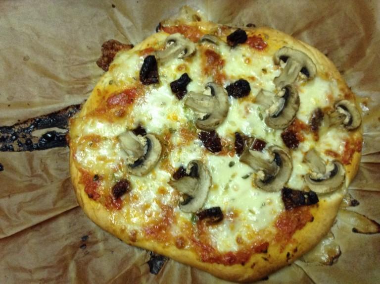 portfolio 51/65  - TOP BY: Pizza de cogumelos