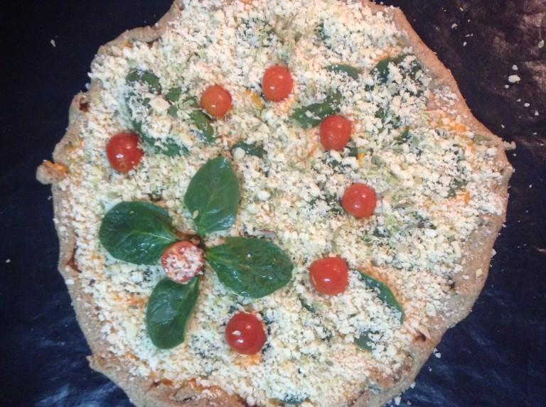 portfolio 6/65  - Pizza integral napolitana pronta a ir para o forno