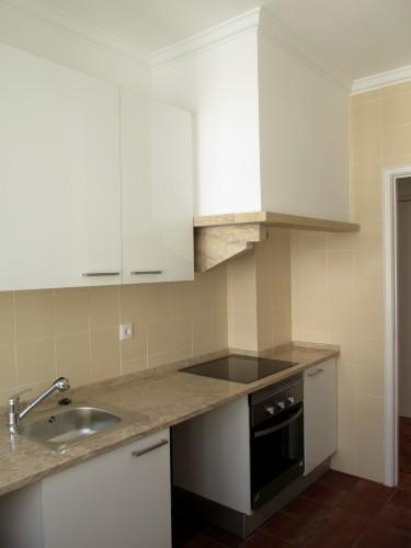 portfolio 19/26  - Cozinha em T1 - Campo de Ourique