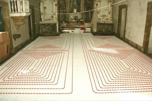 portfolio 128/163  - Piso radiante hidráulico- Mosteiro de Vilela