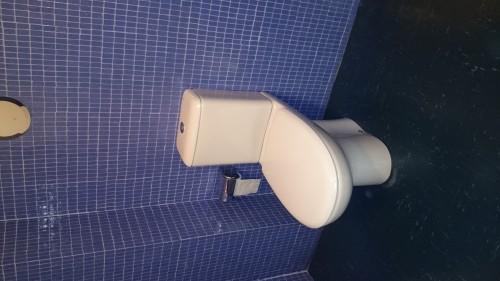 portfolio 15/16  - Substituição de sanita antiga por nova compacta com ocultação do tubo de abastecimento de  água.