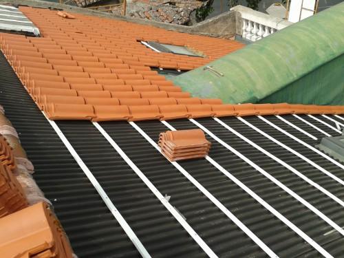 portfolio 2/8  - Construções de Telhados com sub-telha