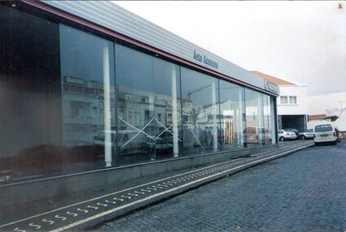 portfolio 15/23  - Auto Açorena - Concessionario Toyota Açores