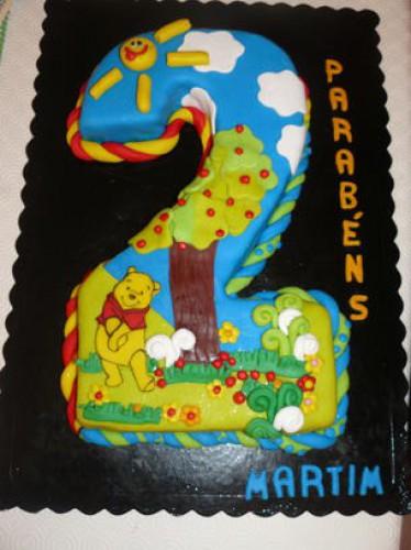 portfolio 157/161  - Bolo cake design (interior bolo de chocolate com chocolate branco e morangos)