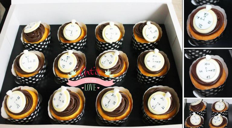 portfolio 50/161  - cupcakes tema Alice no pais das maravilhas