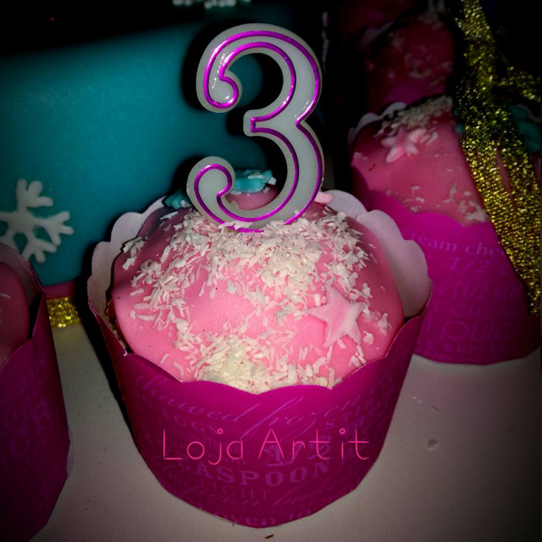 portfolio 19/161  - cupcake