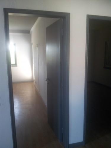 portfolio 153/236  - pintura de portas e ombreiras ( antes da pintura )