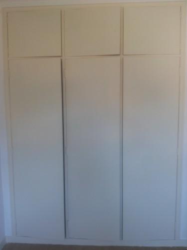 portfolio 152/236  - pintura de armários ( armário depois de ser pintado )