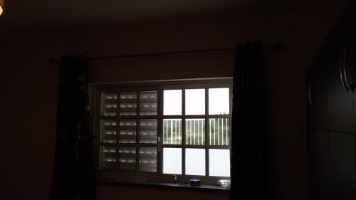 portfolio 138/236  - colocação de varões de cortinados