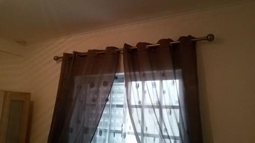 portfolio 137/236  - colocação de varões de cortinados