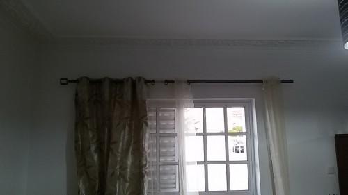 portfolio 134/236  - colocação de varões de cortinados