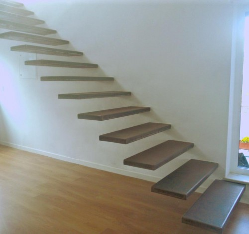 portfolio 1/12  - Escada interior em ferro