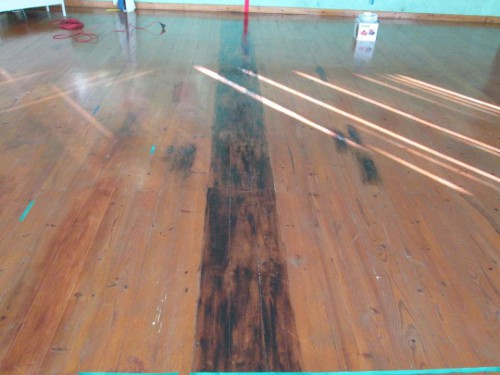 portfolio 5/12  - Varias etapas da reparação de um salão de dança