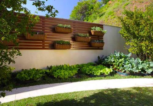portfolio 15/16  - Aproveitamento Jardim | Floreira em Madeira » Local: Espinho
