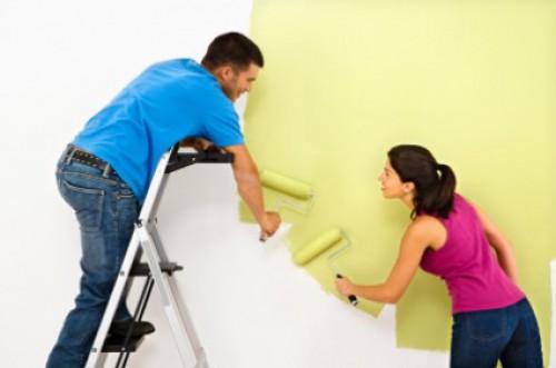 portfolio 7/8  - Pintura de interiores, pintura de portões, cadeiras, mesas de ferro fundido e/ou madeira, objectos variados e decorações.