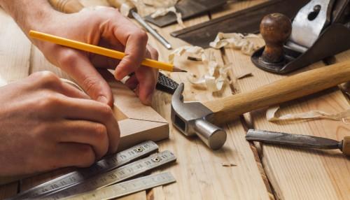 portfolio 5/8  - Reparação e Substituição de fechaduras e puxadores, Colocação de Parquets.