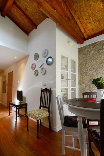 portfolio 9/15  - Decoração de apartamento na baixa portuense e recuperação de telhado em madeira