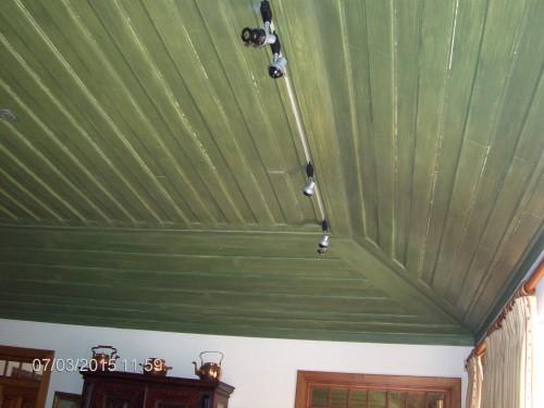 portfolio 8/9  - tecto de salão feito tipo tampa de caixão