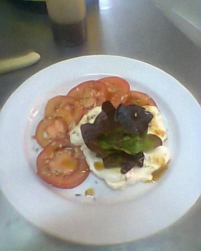 portfolio 10/11  - Salada de tomate, queijo fresco e alface