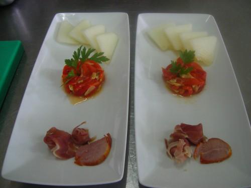 portfolio 9/11  - Melão, salada de pimentos com bacalhau, enchidos