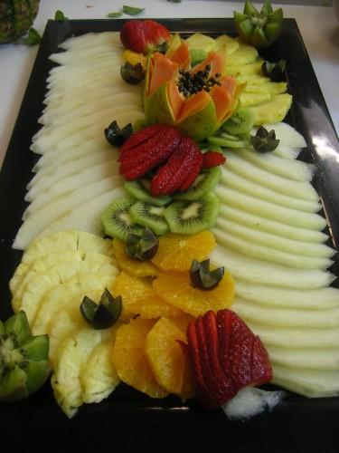 portfolio 5/11  - Espelho de frutas: Melºao, ananás, laranja, uvas, papaia, kiwi e morangos
