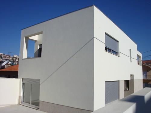 portfolio 1/1  - Moradia em Gondomar - com processo de alteração de loteamento e demolição de existente para construção de nova.